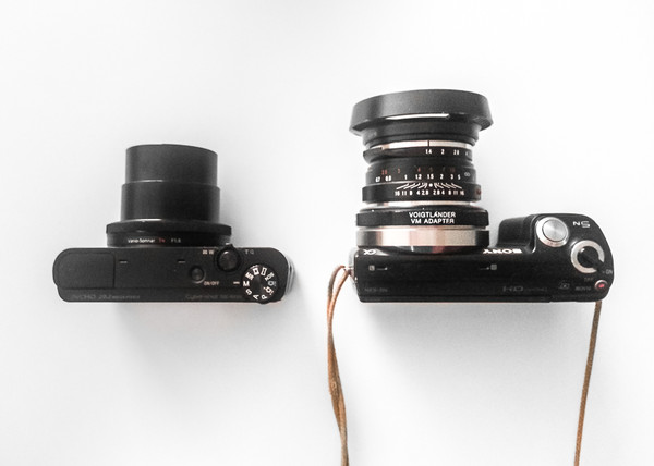 RX100 vs. NEX 5N - Top View